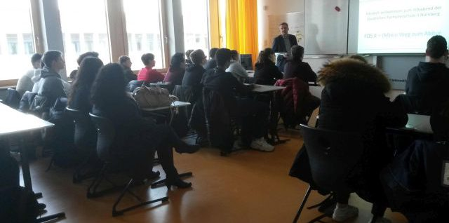 Besuch an der neuen Fachoberschule II in Nürnberg