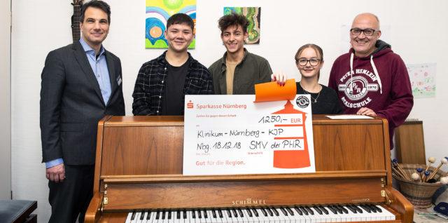 Schüler spenden für Klavier